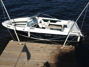 1988 Sea Ray Bow Rider with trailer