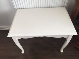 Bedroom table for girls room