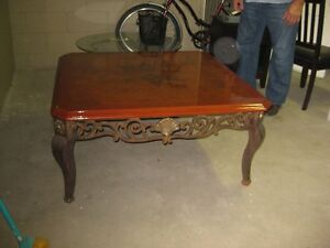 Wooden Coffee Table London Ontario image 1