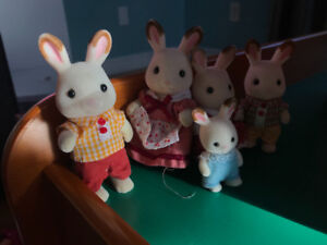 Calico Critter Pieces and families