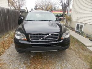 2007Volvo XC907seast,AWD,Bluetooth,rear DVD,leather