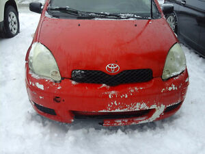 2004 Toyota Echo Coupé (2 portes) hatchback pour piéces ou route