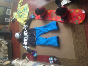 Snowboarding gear for sale!! Make an offer!!