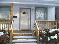 2 bedroom cottage near Hospital available Oct 1.