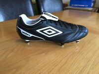 UMBRO Size 10 Football boots