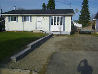 FOR SALE 125 Superior Ave Wawa,Ontario $139,000