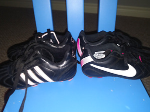 Girls soccer shoes cleats size 11 and 12 nike and adidas