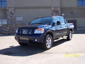 2010 Nissan Titan Pro-4X Pickup Truck