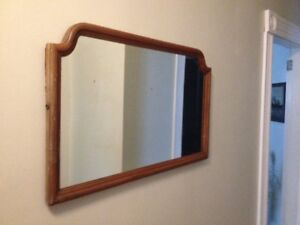 Attractive Antique Solid Wood Frame Mirror