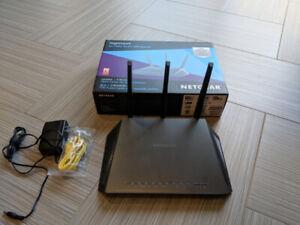 Netgear Nighthawk R7000 internet router with high speed wifi