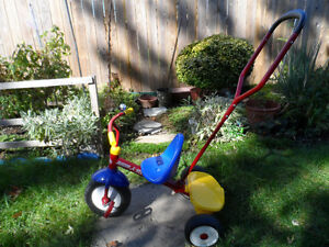 Radio Flyer Deluxe Stroll and Steer Trike