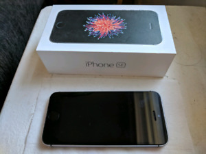 REDUCED Used Unlocked iPhone SE - Space Grey