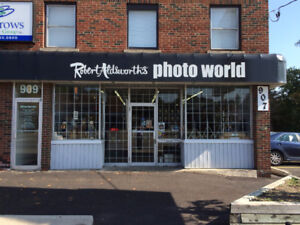GREAT STOREFRONT LOCATION – SIMCOE NORTH