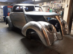 1937 ford coupe custom& A.. 40 Willys sedan trunklid
