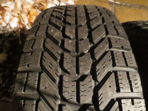 235 70 16 Winter Tires and Rims 5x114.3 Ford Escape
