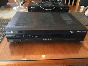 Videotron Set Top Box (model: Explorer 8642HD)
