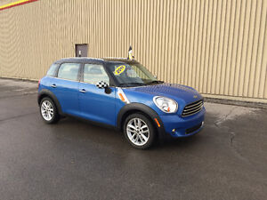 2011 MINI COOPER COUNTRYMAN ***AUTOMATIQUE  67,000KM***
