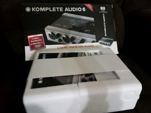 Brand New Komplete Audio 6 never used !