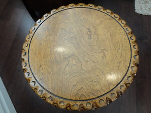 Beautiful Grained Vintage Brass Clawfoot Table w/Scalloped Edge Kitchener / Waterloo Kitchener Area image 2