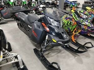 2016 Ski-Doo Summit SP ROTAX 800R E-TEC 163""