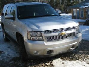 2010 Chevy Tahoe LT 4x4 .. Excellent Condition