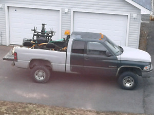 Looking for a parts truck