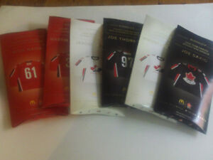 SERIE DE MINI CHANDAILS DE HOCKEY McDONALD'S E.CANADA 2006