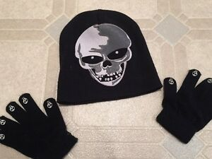 Used Kids Skull Hat & Gloves