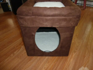 Small cat bed/ house