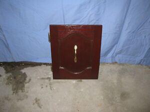Portes d'armoire en chêne