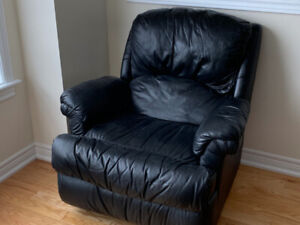 Leather Sofa/Couch - Leather Lazy Boy Recliner - Coffee Table