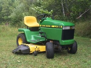 """Lawn Tractor - John Deere LX188 with 48"""" Mower Deck"""