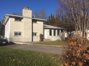 Large Northwood House on Quiet Cul de Sac for Sale