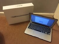 Apple MacBook Air 11inch 1.3GHZ Intel Core i5 +2TB Time Capsule