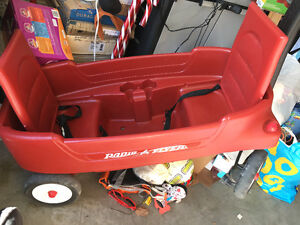 Excellent Condition Kids Wagon