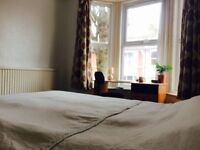 Very nice Single room in Brighton center students welcome clean tidy nice flat share available now!