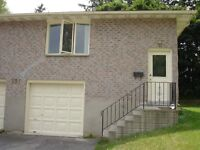 Student one of four  bedrooms close to U of W all inclusive