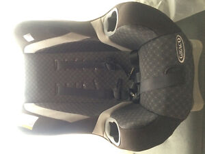 Baby Seat FOR SALE (GRACO)