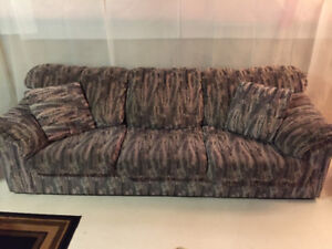 Grey fabric Sofa With Cusions
