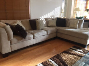Brick's Excellent Condition L Shaped Sectional Couch/ Sofa Set