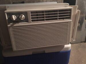 3 - 5200 BTU/H AC units