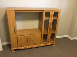 Free TV/Shelf Unit