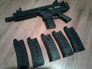 Tgr2 Magfed Paintball Markern+6 mags