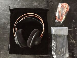 Headphones AKG K712 Pro ecouteur