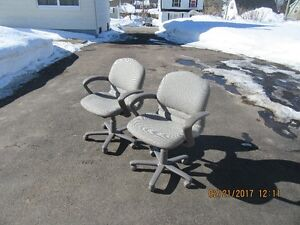 Lot's of Office chair's for sale  ******* call 386-1987