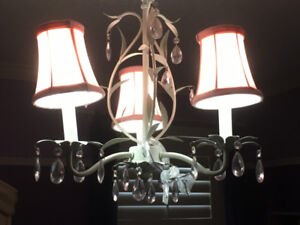 Children's Pink Chandelier Lamp