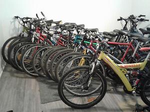 vente de garage de velo;route, hybride et vtt,pas cher,plus cher