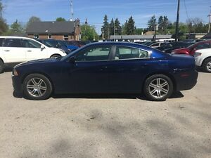 2014 DODGE CHARGER SXT * LOW KM * HEATED SEATS London Ontario image 3