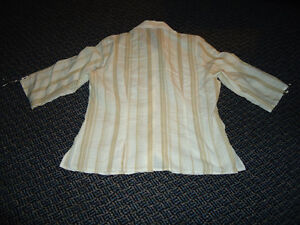 Ladies Size 14 3/4 Sleeve Lightweight Dress Shirt by Steilmann Kingston Kingston Area image 2