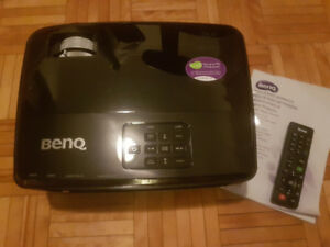 BenQ MW519 projector.  1080p, 3D ready.  Like New, In-Box